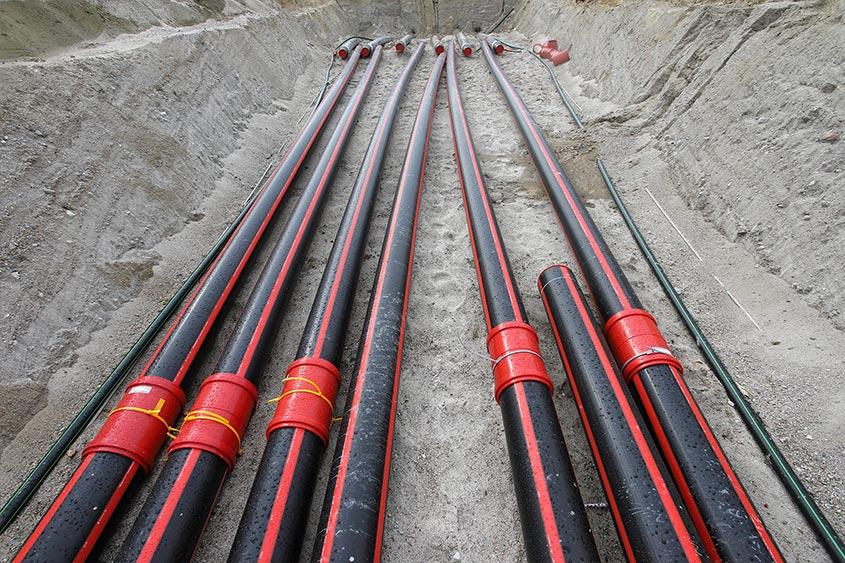 Petkus-Schönwalde: Ein Kabelschutzsystem für eine 110kV Leitung wurde mit Power Protect PP und Power Protect PE-RT errichtet. Auftraggeber: E.DIS Netz GmbH.